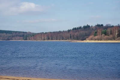 Lac St Agnan en pleine nature en Morvan au cœur de la Bourgogne